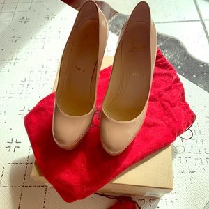 Authentic Christian Louboutin Bianca 8.5